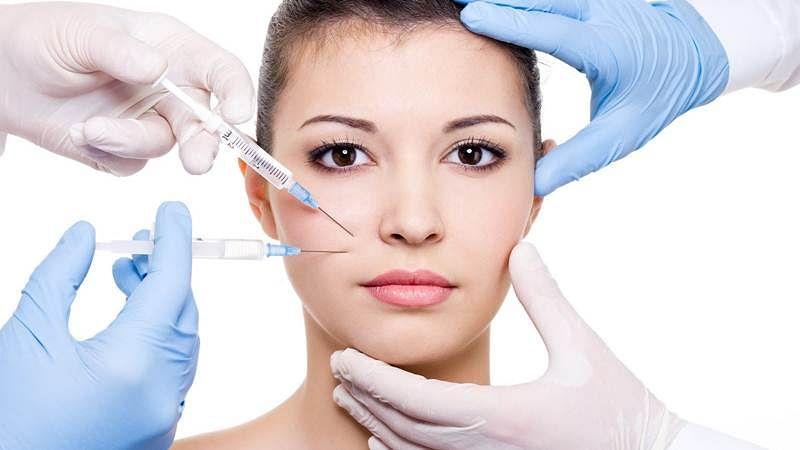 Most plastic surgery tweets revolve around celebrities