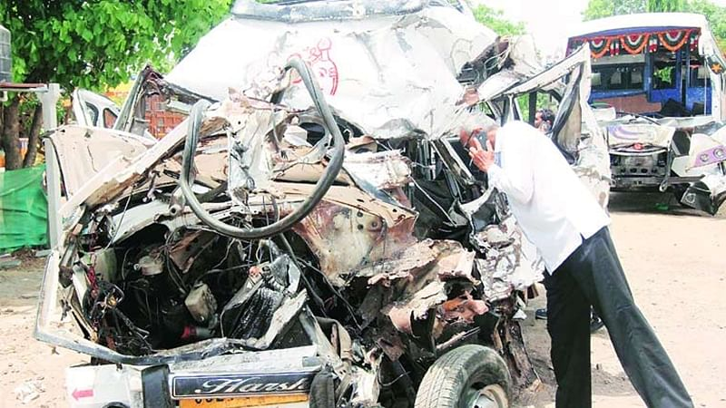 Soon reward of Rs 2,000 to be given to people helping road accident victims in Delhi