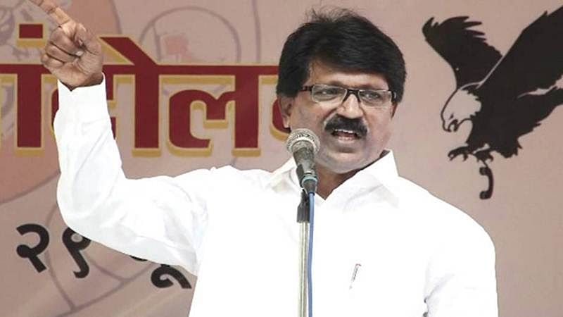 Stop sympathizing with traitors: Shiv Sena on Bhopal encounter