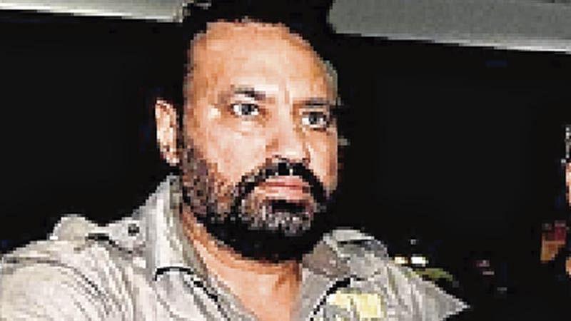 Mumbai: Now Shera seeks FIR against two