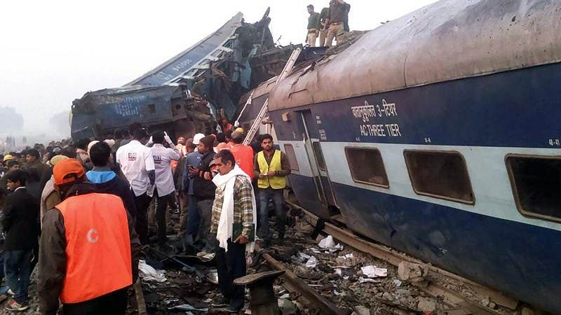 120 dead, more than 200 injured as Indore-Patna express derails