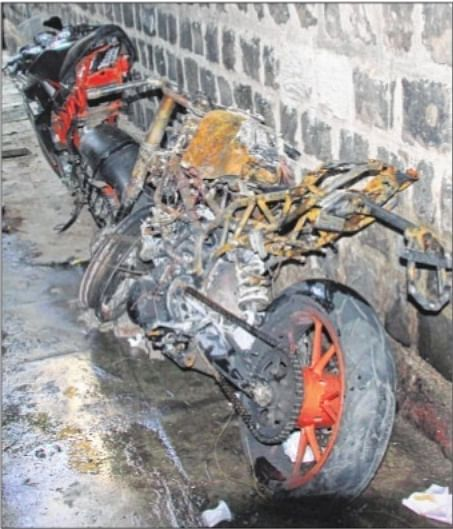 Mumbai: One dead, two injured in Bandra biking accident