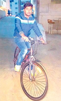 Indore: Cycling with friend for environment