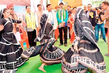 Bhopal: Dhirubhai Ambani, Chokha Litti & Lohiri, a little India on IGRMS premises