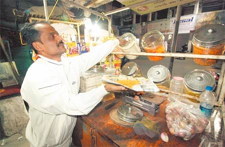 Indore: FDA soon to launch drive to sensitise people, shopkeepers