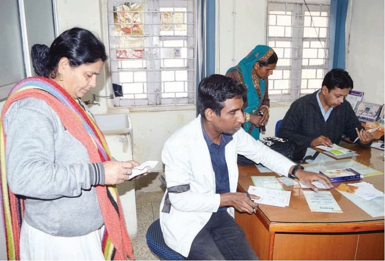 Bhopal: Scuffle with patient's kin, Junior doctors on warpath again