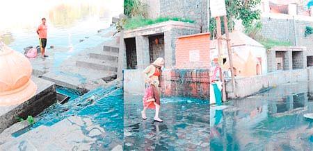 Ujjain: Holy dip in unholy water