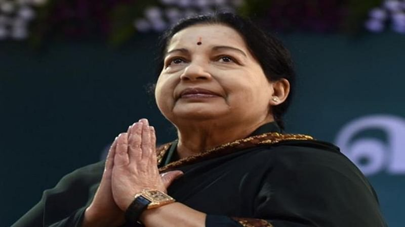 Jayalalithaa critical: Centre to send special team of four doctors to Chennai