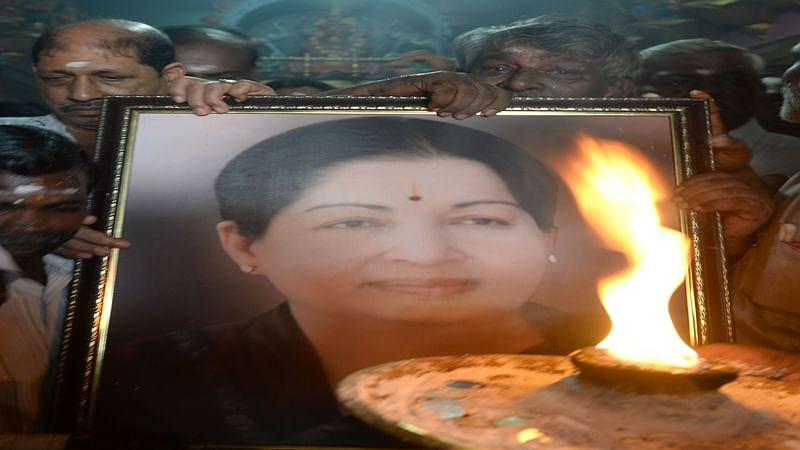 'kneel' and 'apologise' at Jayalalithaa's memorial to return to party: AIADMK tells disqualified MLAs