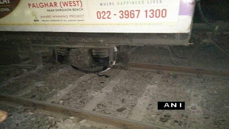 Mumbai: Enquiry ordered into Kurla-Ambernath train derailment