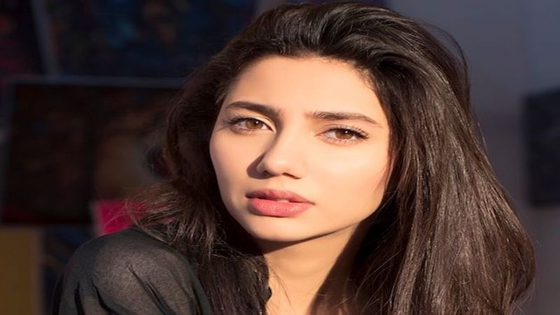 It's my right to be in an interview with Shah Rukh, says Mahira Khan