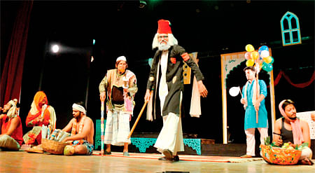 Bhopal: Miser Mirza's antics send audience into splits