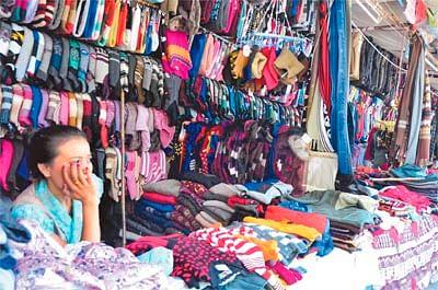 Bhopal: Tibetan woollen sellers say their sales plummeted after November 8