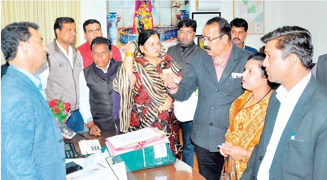 Ujjain: Congress corporators demand land ownership rights