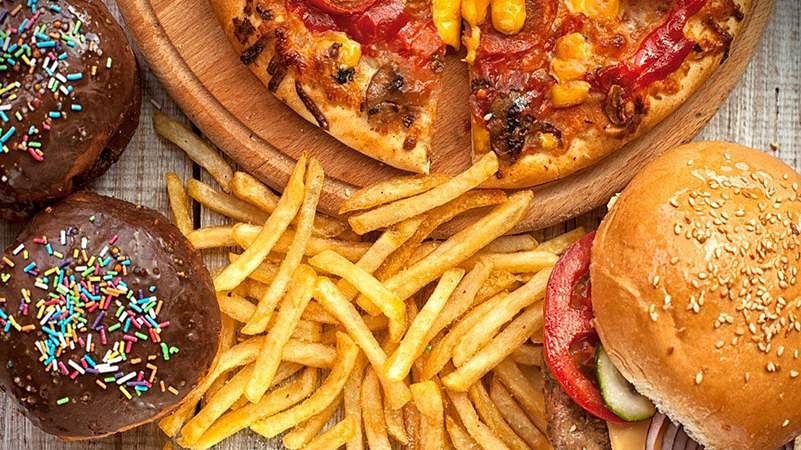 Mumbai: No junk food sale in Maharashtra school canteens