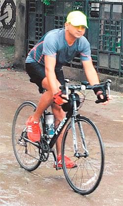Indore: Doctor cycles to work, demands protected track