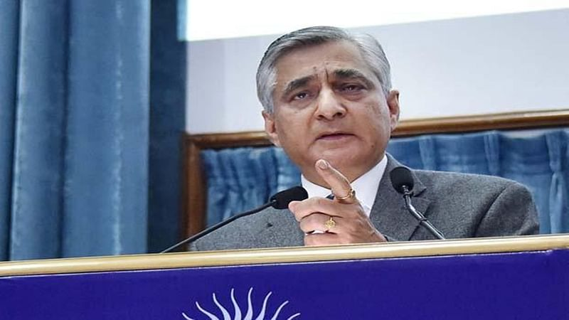 CJI slams Centre for delaying transfer of High Court judges