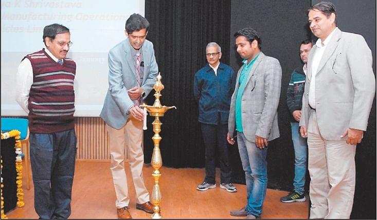 Indore: GMPE, a gift of IIM-I to executives of Malwa says Prof Bhatta