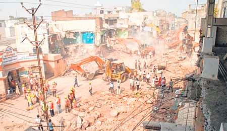 Indore: Amid tears, 145 houses & shops razed
