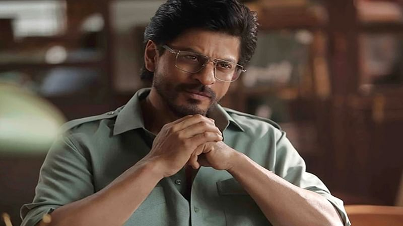 Shah Rukh reveals one vital scene from Raees 5 days before it's release!