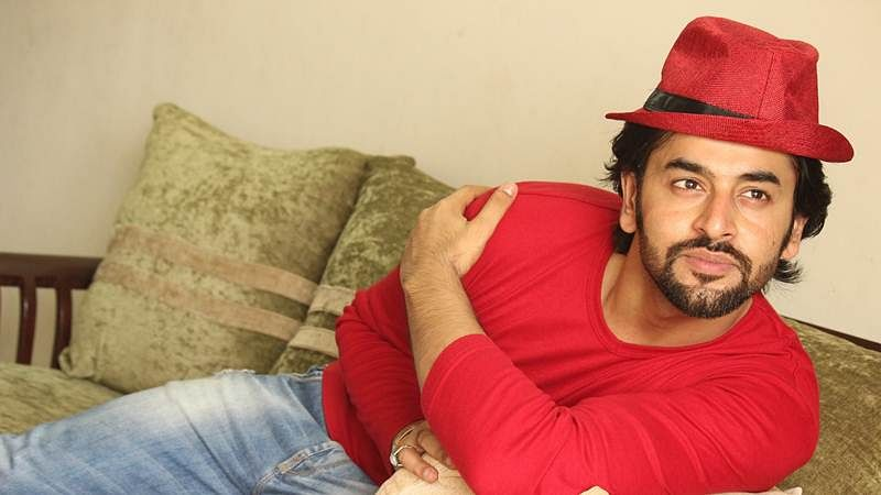 Shashank Vyas is looking for Miss Right!