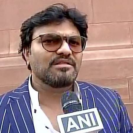 Babul Supriyo among 11 whose phones stolen at Arun Jaitley's funeral