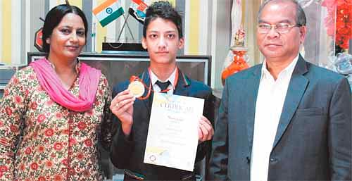 Bhopal: Aditya tops in drawing contest