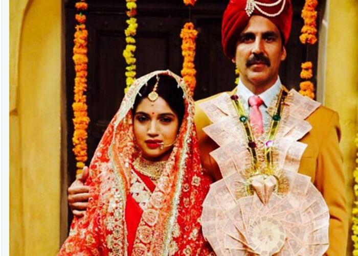 Toilet Ek Prem Katha shooting wraps up; Akshay kumar shares movies first look on social media