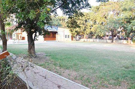 Bhopal: Cultural hall built in Gautam Nagar park rob it off charm