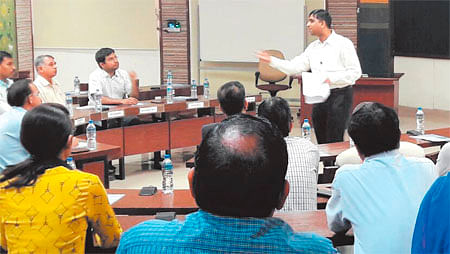 Indore: Industries view contractual labour as cost minimisation effort said IIM-I Prof