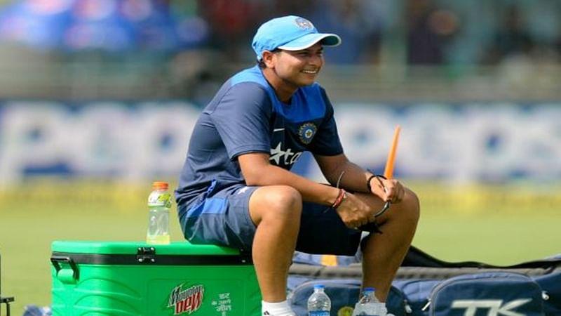 Kuldeep Yadav replaces injured Mishra for Bangladesh test
