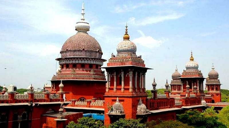 Madras HC issues notices to TN CM, Home Secy. over trust vote