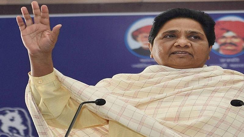 Stop kite flying: Mayawati asks media, BJP over statue row