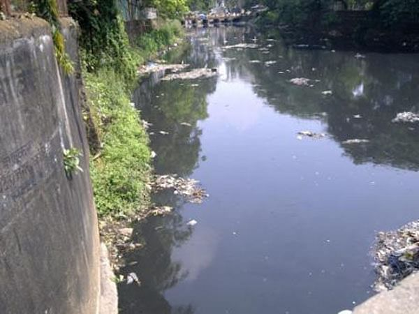 Mumbai: Locals turn Poisar river into a nullah