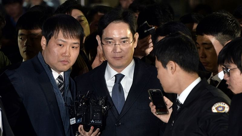 South Korean Judge asks Samsung heir to 'humbly accept' verdict on bribery case
