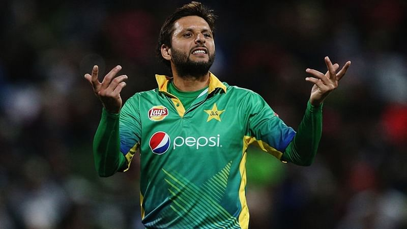 Shahid Afridi's Kashmir Tweet: Indian cricketers unite to slam controversial Pakistani cricketer