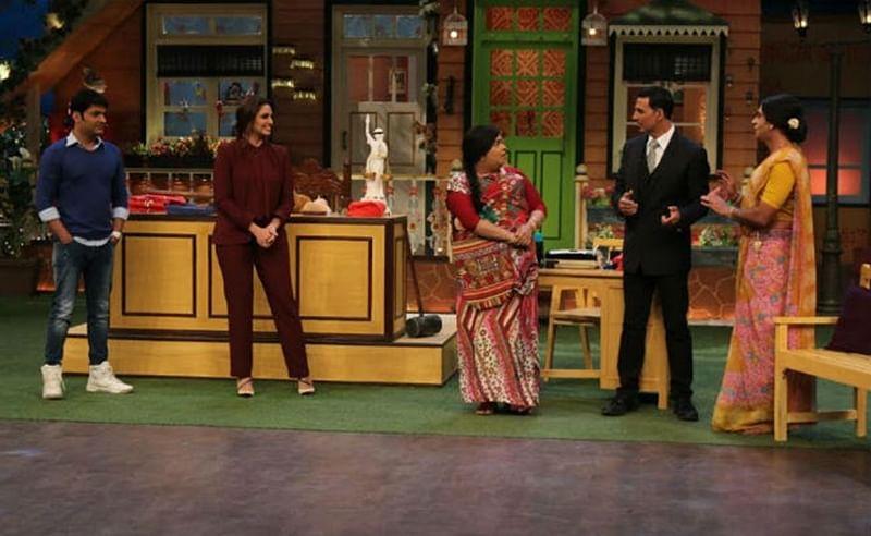 Watch Jolly LLB Akshay Kumar thrash Kapil Sharma on the show
