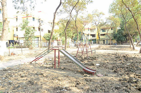 Bhopal: The park looks like a ploughed field