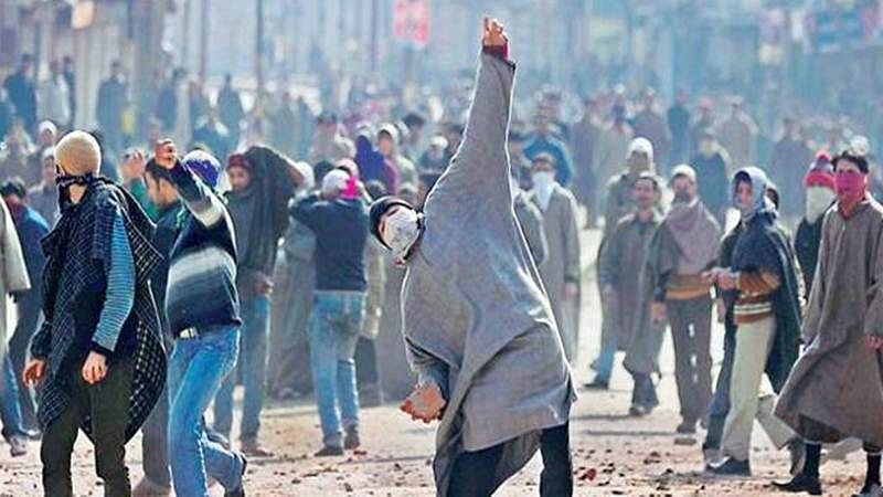 759 stone pelting incidents in Jammu and Kashmir in 2018: MHA