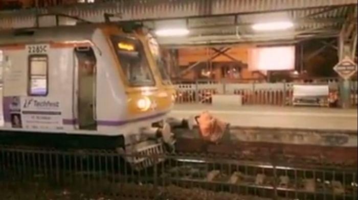 Mumbai: Railway Police constable saves life of 10-year-old boy at Vasai Road station