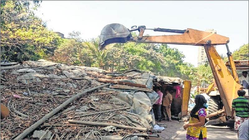 Mumbai: BMC demolishes illegal shanties in Andheri