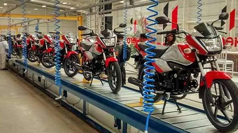 Discounts galore as two-wheeler firms offload BS-III models