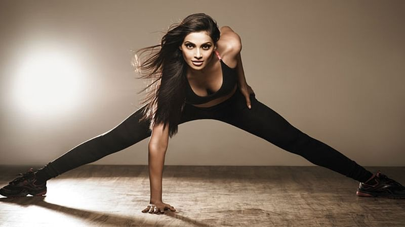 Bipasha Basu's new work out video is one everyone can relate to