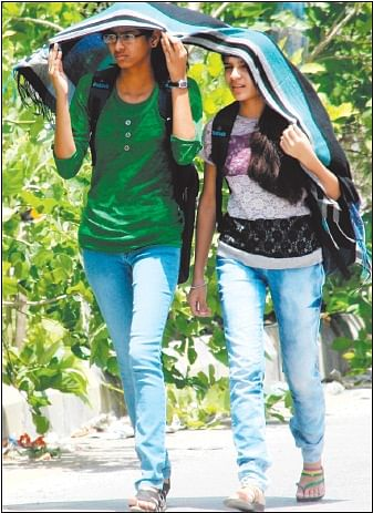 Indore: Hot Sunday, mercury touches 39 degrees Celsius mark