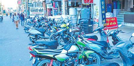 Ujjain: Illegal construction in parking areas adds to Freeganj mayhem