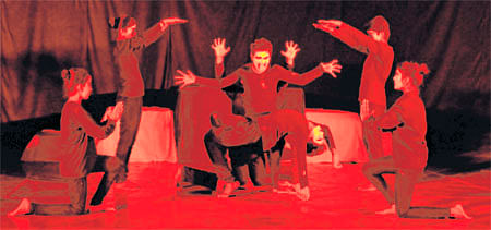 Ujjain: Mime act Dashavatar staged on International Mime Day