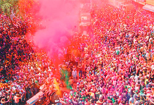 Indore: Celebrating colours of life, relationships and emotions