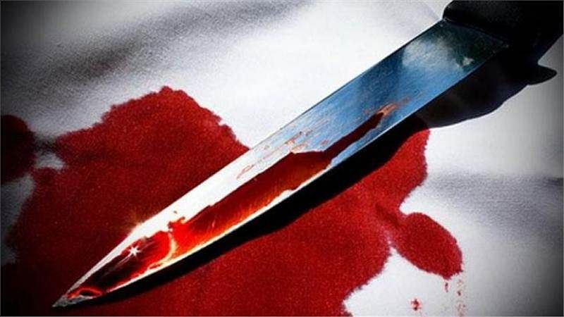 Mumbai: 17-year-old girl stabs pervert father for sexually assaulting her