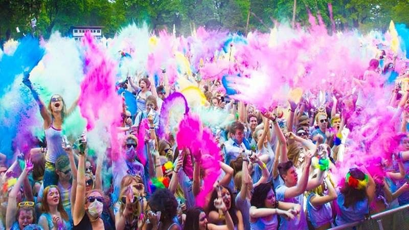 Watch Video: Miss Style Fiesta's Holi Themed Wedding Will Leave You Ogling For More!