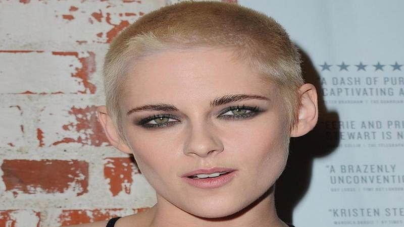Kristen Stewart debuts buzz cut hairstyle